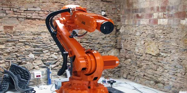 <h1>ABB ROBOTIC ARM</h1>